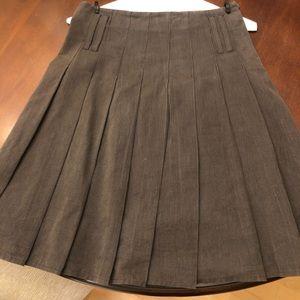 Burberry Pleated Skirt SZ 2